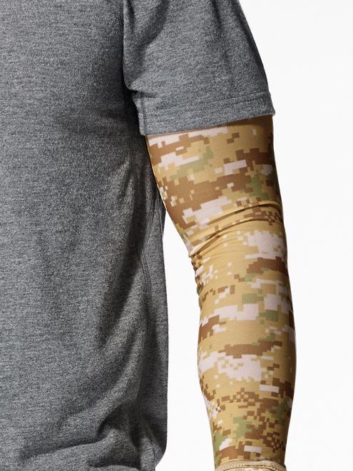 Buff UV Insect Shield Arm Sleeves Pixels Desert Camo Model